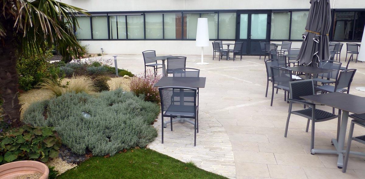 plaza 8 chasseneuil vente fabrication pierre naturelle calminia