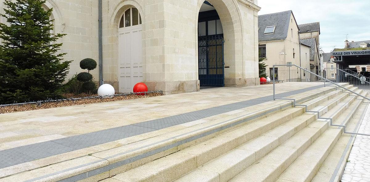 emmarchement parvis mairie ancenis 44 calminia pierre naturelle vente fabricant