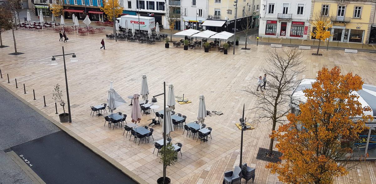 rénovation de la place saint Roch Mont de Marsan-40 avec dalle flammées et pavé confort