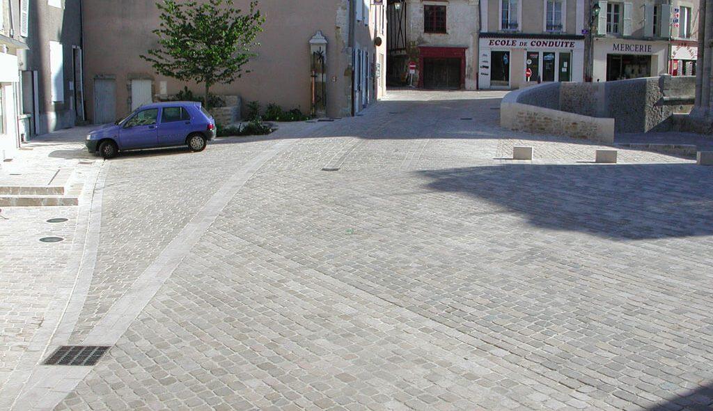 pavé confort couronnement finition bouchardée blocs de pierre airvault 79600 nouvelle aquitaine calminia pierre naturelle vente fabricant