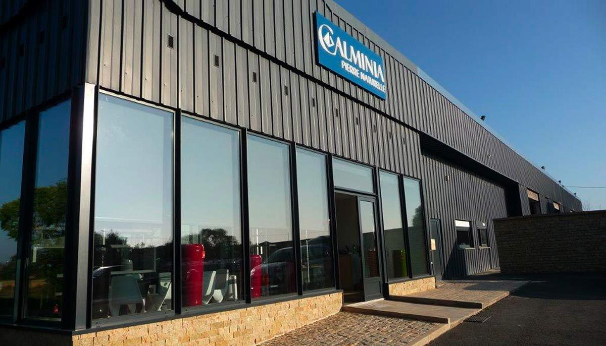 calminia pierre naturelle vente fabricant magasin facade unité commerciale