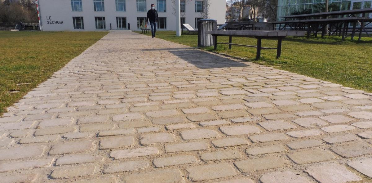 Aménagement urbain en pierres naturelles à port-boinot - deux sevres2 par Calminia