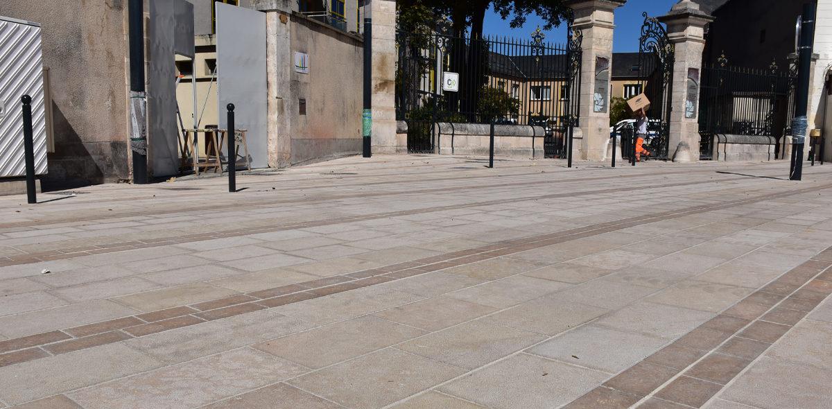 Aménagement Pôle multimodal Chateauroux - Pierre naturelle Calminia